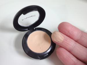mac-studio-finish-spf-concealer