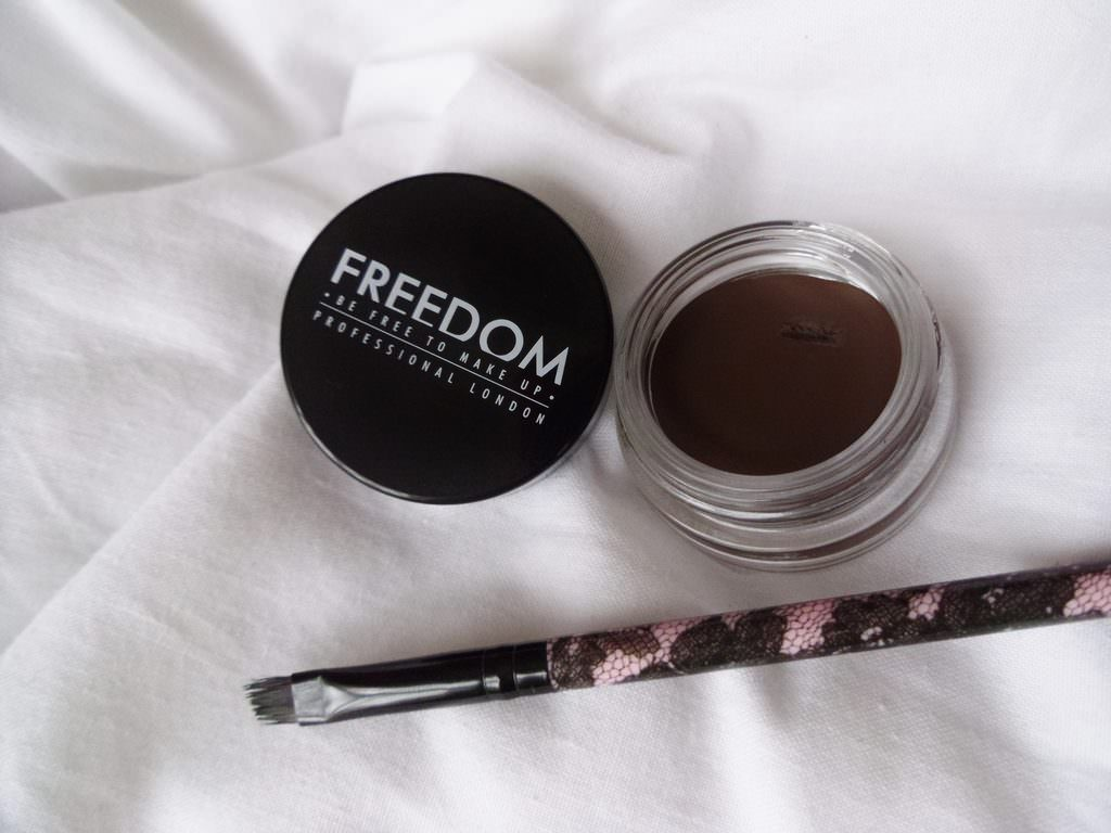 Pro Brow Pomade от Freedom Makeup